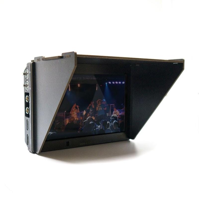 Black hood videoer